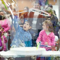 шоу мыльных пузырей